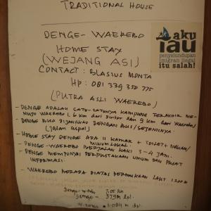 Informasi kecil di rumah Pak Blasius (pusat informasi Waerebo) di Denge